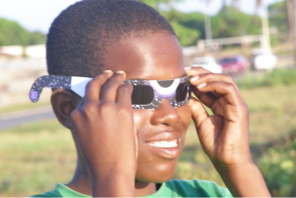 eclipse viewing glasses, solar eclipse viewing safety