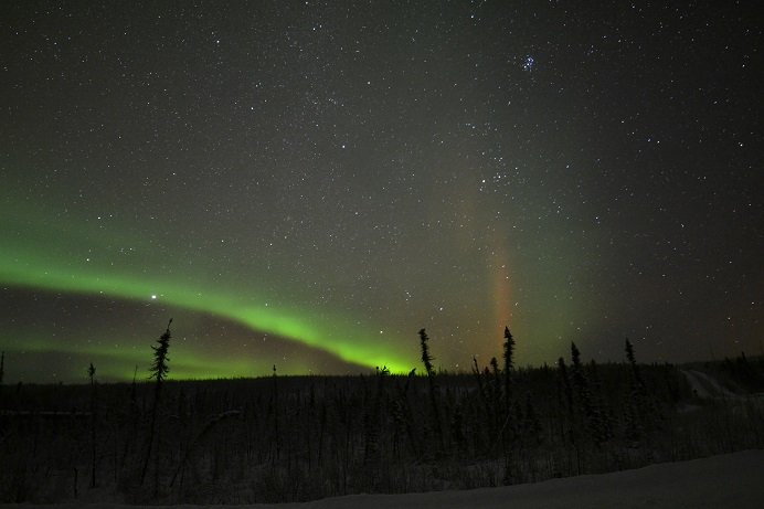 nov30aurora5_beam